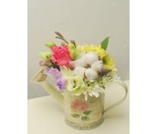 Aranjament floral 'Soft Spring'